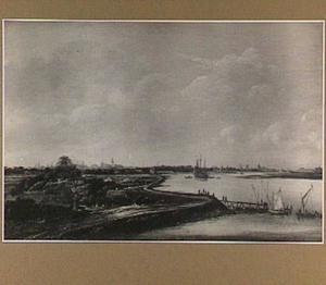 Riviergezicht met op de achtergrond Middelburg en Veere