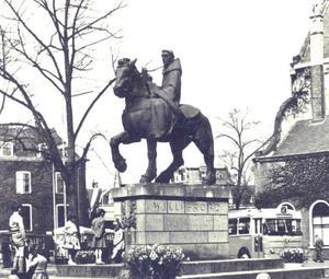 Ruiterstandbeeld van de Heilige Willibrord