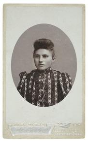 Portret van Maria Schwier (1884-)