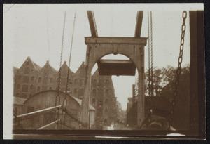 Gezicht op de Sloterdijkerbrug te Amsterdam