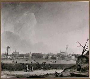 Gezicht op Den Haag vanuit het Noordwesten (tegenwoordige Javastraat), met links de Noordmolen