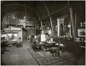 Portret van de schilder Hendrik Willebrord Jansen in zijn atelier aan de Jacob van Lennepkade 55, Amsterdam