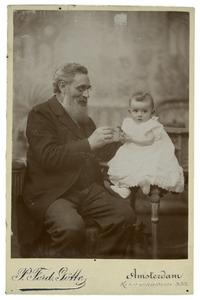 Portret van Jasper Jaspers (1825-1905) en Dora Marie Stolberg (1896-1984)