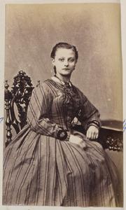 Portret van een vrouw, mogelijk Dodonea Jacoba Cats (1850-1905)