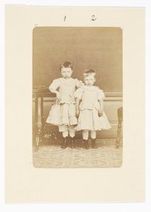 Portret van Gerardina Maria Donkersloot (1871-1913) en Ada Gerharda Donkersloot (1872-...)