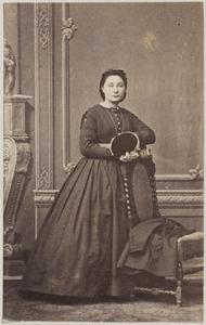 Portret van een vrouw uit familie Harmsen