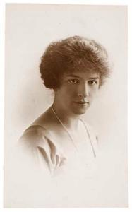 Portret van Suzanna Elisabeth Kneppelhout (1889-1970)