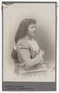 Portret van Jacqueline Cornelie Adolphine du Marchie van Voorthuysen (1887-1973)