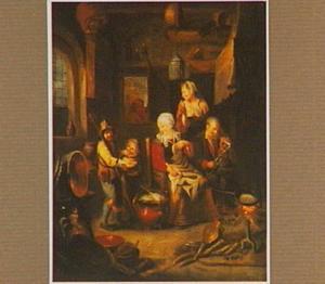 Pannenkoekenbakster in een keuken omringd door verschillende figuren