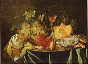 Stilleven met vijgen, oesters, garnalen, geschilde