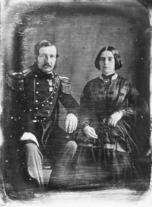 Dubbelportret van Adriaan Willem Anne Gevers Deynoot (1811-1893) en Quirina Jacoba Louisa Quarles van Ufford (1822-1885)