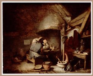 Alchemist met zijn handen in het haar bij de stookplaats in zijn werkplaats