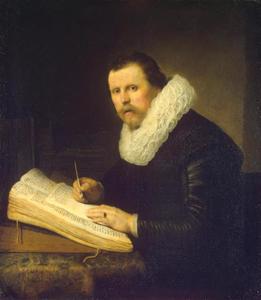 Portret van een man zittend aan een schrijftafel