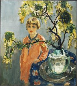 Portret van Liesje met takken goudenregen