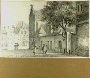 Utrecht, gezicht van 'Achter de Dom' naar Pausdam en Nieuwegracht; geheel rechts de achterzijde van de Unie van Utrechtzaal of Aula van het Academiegebouw van de Universiteit Utrecht