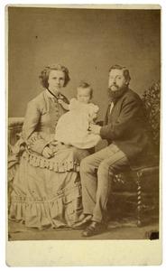 Portret van Jacob Verdam (1845-1919), Barta Johanna van Ketwich (1840-1926) en Truida Verdam (...-...)