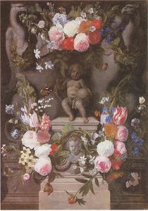 Bloemen rond een standbeeld van het Christuskind, op een piedestal, geflankeerd door adelaars