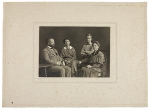 Portret van familie Kok-Tersteeg