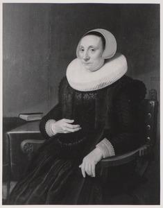 Portret van een vrouw, mogelijk Geertruid van den Kerckhoven (....-..)