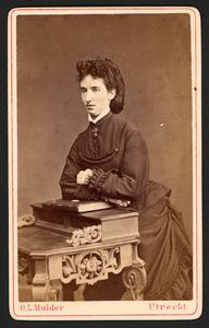 Portret van Francoise Leonardina Johanna van der Mandere (1847- )