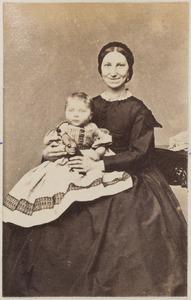 Portret van een vrouw en kind uit familie Jansen
