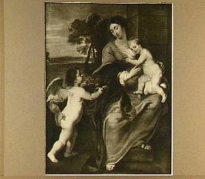 Maria met kind met links een putto die vruchten aanbiedt
