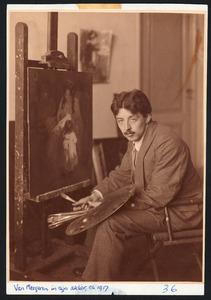 Han van Meegeren in zijn atelier