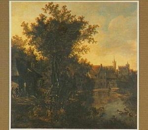 Landschap met gezicht op een rivier langs een stadsmuur