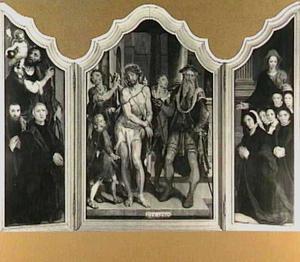 De H. Christoforus met stichters (links), Ecce Homo (midden), de H. Martha met stichtsters (rechts)