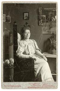 Portret van Wilhelmina Cornelia van Beeck Calkoen (1878-1962)
