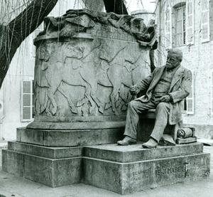 Monument voor Etienne-Jules Marey in Beaune