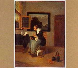 Dame in een interieur, gebogen over haar naaiwerk, naast een tafel bij een openstaand raam