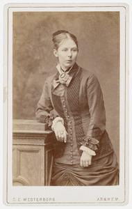 Portret van een vrouw, waarschijnlijk Johanna Vissering (1855-1882)