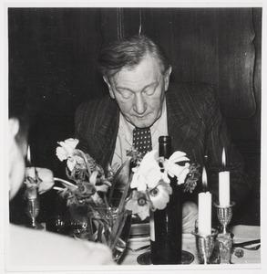 Herbert Fiedler bij kunsthandelaar Vidal de St. Germain, Bussum