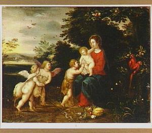 Maria met kind, Johannes de Doper en twee engelen in een landschap