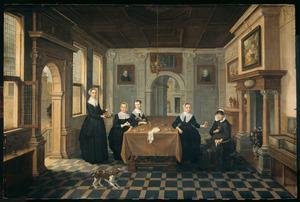 Groepsportret van vijf vrouwen in een interieur