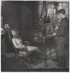 Herbert Fiedler met zijn naakt model, ca. 1920 in Berlijn