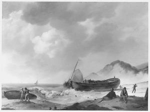 Wrak van een kofschip op het strand
