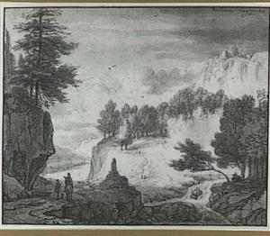 Boomrijk berglandschap met ruiter