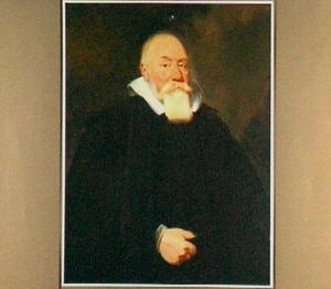 Portret van een zwart geklede oude man