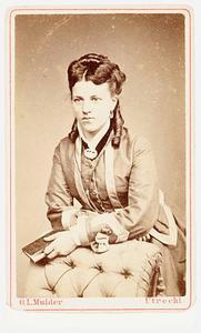 Portret van Florentine Cornelie Marguerite Rethaan Macare (1846-1920)