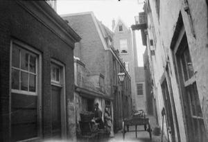 Gezicht op de Gietersteeg te Rotterdam