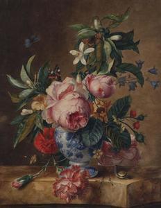 Bloemstilleven in een porseleinen vaas op een marmeren blad