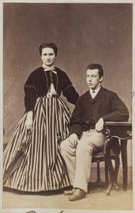 Portret van Willemina Augustina Salverda (1845-1917) en Gajus Gratama (1844-1917)