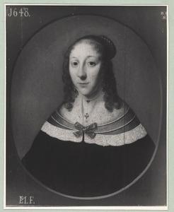 Portret van een vrouw, mogelijk uit de familie Holt
