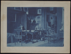 Portret van Piet Mondriaan in zijn atelier aan Sarphatipark 42 te Amsterdam