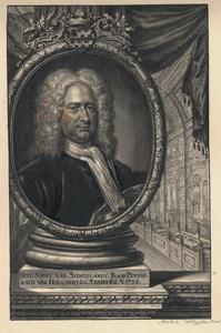 Portret van Simon van Slingelandt (1664-1736), met in de achtergrond de vergaderzaal van de Staten van Holland en West-Friesland (tegewoordig: de Eerste Kamer) aan het Binnenhof in Den Haag