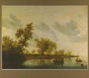 Rivierlandschap met enkele bootjes; op de oever een kasteel
