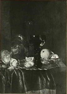 Stilleven met oesters, glazen en omgevallen zilveren