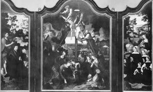 Drieluik met de H. Johannes de Doper met de stichter en zijn zoon (links), de kruisafneming (midden), Maria met de stichtster en haar dochters (rechts) (op de buitenzijde: twee engeltjes met wapenschilden)